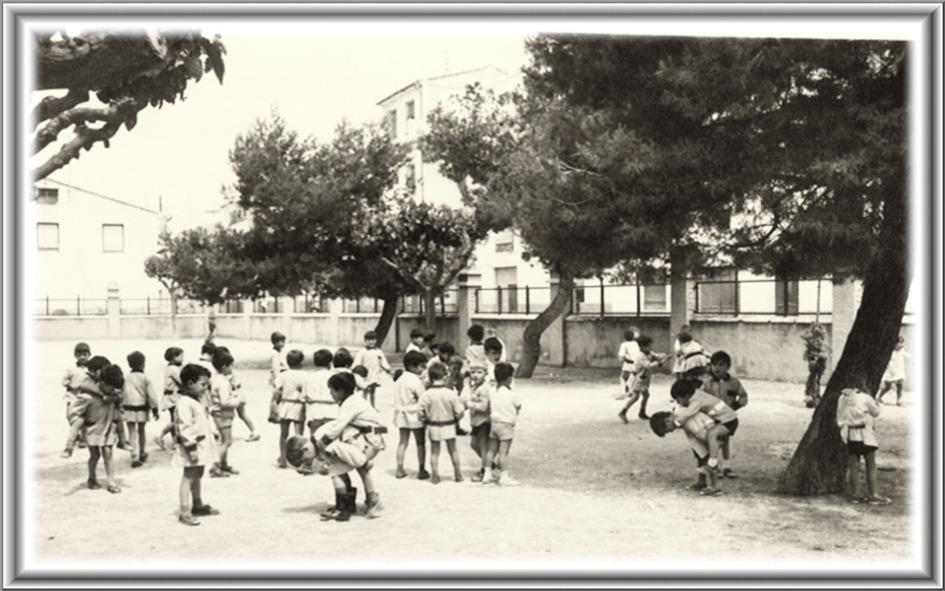 Fotos Antiguas De Ibi Ninos Jugando En El Patio 1965